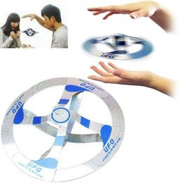 Wholesale Magic Ufo Floating Disk - New Arrival Novetly Toys Magic Tricks Floating Flying Disk Amazing Floating UFO Toys Magic Cool Trick Toy Assembled by yourself