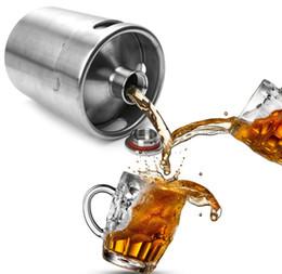 Wholesale metal beer kegs - Stainless Steel 2L 64oz Mini Beer Bottle Barrels Beer Keg Screw Cap Beer Growler Homebrew Wine Pot Barware For Party LLFA