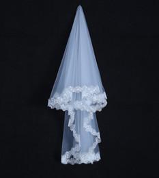 Wholesale Sequin Layer - One Layer White Short Bridal Veils Lace Edge Bridal Wedding Veils Voile De Mariee Head Veil
