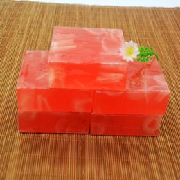 Wholesale Strawberry Flavor - 110 g transparent soap strawberry flavor moisturizing soap Handmade Soap Free shipping