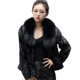 Wholesale White Faux Fox Jacket - New Arrival Women Fur Coat 2017 Autumn Winter Ladies Faux Fur Jackets High Quality Fox Fur Collar Fashion Outerwear Warm Coat CT016