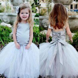 2020 las niñas se visten faldas tutu Vestido gris con cordones para niñas con correas de tul y falda de tutú Vestidos de niña de flores para la boda Bebé Chicas Fiesta de cumpleaños Vestido de comunión las niñas se visten faldas tutu baratos