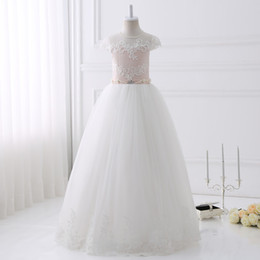 Wholesale Wedding Flowers Pics - Hot Sale Real Pics Lace Appliques Beading Flower Girl Dresses Floor Length Short Sleeves Kids Wedding Party Gown With Sash