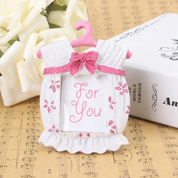 Wholesale Wedding Favor Picture Frames - 100 pcs Photo Frame Pink Blue Resin Baby Romper Suit Clothes Hanger Picture Frames Kid's Birthday Favor Party Decoration Gift us