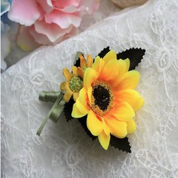 Wholesale Groom Flowers - Groom Groomsman Boutonniere Sunflower Corsage Party Wedding Flower Silk Flowers Brooch Pin 11cm About Hot Sale