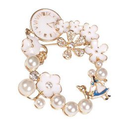 Wholesale 18k Gold Watches For Women - The Movie Alice in wonderland Inspired Jewelry Drops of oil Alice wreath pearl watch Brooches for Woman gift