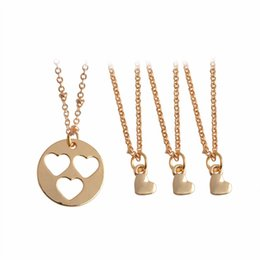 Wholesale Wholesale Inspirational - 4pcs set Hollow Heart Mother Daughter Sisters Pendant Necklace Mother Bride Bridesmaid Inspirational Family Jewelry Birthday Gift