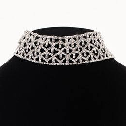 Wholesale Simple Gold Necklace For Wedding - Crystal Rhinestone Choker Necklace Simple Elegant Silver Color Party Wedding Jewelry For Women