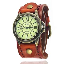 Wholesale Black Rivet Watch - Punk Wristwatches Men's Vintage Wide Leather Rivet Bracelet Watches Quartz Watch Rome Personality Casual Relogio W0077