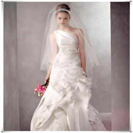 2019 primeira noiva Casamento Nupcial Feitas À Mão Várias camadas Primeiro 0.8 CM Segundo 1.2 M Frisado Crescente borda Acessórios Para Noiva Véu Com Pente primeira noiva barato