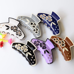 Wholesale Hair Claws Clamps - 8.5cm size High quality Lovely Acrylic hair claw clip special Color headwear accessories for women simple hair crab clamp hot sale