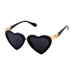 Wholesale Funky Red - Womens Funky Heart Shaped Sunglasses Gold-Tone Hinges Acetate Frame 51mm Lens Retro Love Glasses Eyewear Sale