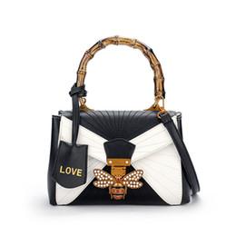 Wholesale Extra Large Women Fashion - 2017 Women embroidered Little bee shoulder Bags Fashion Zipper Designer Handbag Casual Love Shoulder Messenger Bag New