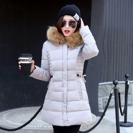 Envío gratis moda delgado túnica cremallera Puffer chaqueta de plumas negro rojo rosa gris para mujeres ropa largo abrigo abajo con capucha de piel sintética desde fabricantes