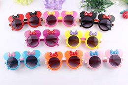 Wholesale Resin Minnie Mouse - 2017 News Cute Mickey Mouse Children Sunglasses Flip Up Trend Minnie Lovely Kids Sunglasses UV400 And Clear Lens Mix Colors