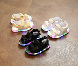 Wholesale Sandals 21 - Led Hot Baby Soles With Light Kids Glow Charging Child Sandals Students For Children Boys Girls Sport Breathable Beach Shoes size 21-30