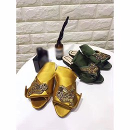 Wholesale Sandal Handmade Leather Women - 2017 New Handmade Crystal Sandals Silk Satin Women Slippers Open toe Flats Genuine leather Bow tie Rhinestone Decoration T Show Party Shoes