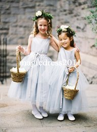Wholesale Grey Kids Dress - Cute Light Grey Flower Girls Dress Jewel Formal Kids Junior Party Dresses Jewel Tiered Skirt Holy Communion Gown Cheap Flower girls