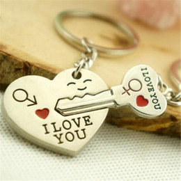 Wholesale Couples Boy - Couple I LOVE YOU Heart Keychain Ring Key Ring Key Chain Lover Romantic Creative Birthday Gift
