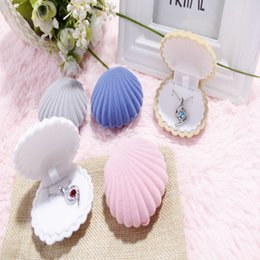 Wholesale Top Shell Necklace - Wedding Elegant Shell Shape Velvet Fashion Jewelry Rings Box Top Grade Necklace Earring Pendant Locket Container Case