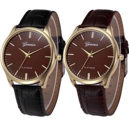 Wholesale watches ol - Women's Retor Design Wrist Watch Women Lover's Girl Fashion Quartz Hours Classic OL Bracelet Watches Birthday Gift Relogio