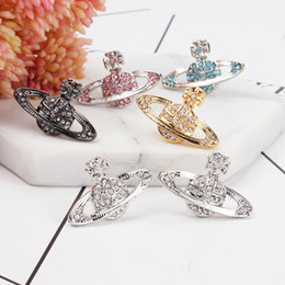 Wholesale Number Black Diamond - Europe and the West after the Queen Mother of the flying saucer diamond star Saturn cross earrings earrings classic female special spot opti