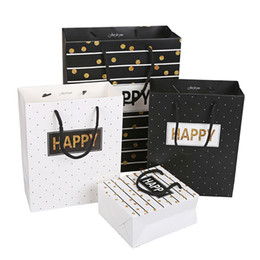Wholesale White Kraft Paper Bags Wholesale - Gift Bag Fashion Black White Paper Kraft Gift Bags Festival Supplies 3 Sizes 4 Styles To Choose Paper Gift Bags Small Size