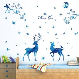 Canada 60 x 90 cm Bleu Starlight Cerf Home Decor Stickers Muraux Nordique Moderne Invité Chambre à coucher TV Fond De Mode Décoration PVC Autocollants Jouets Cadeaux cheap deer sticker for bedroom Offre