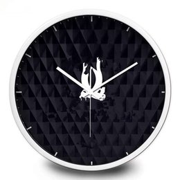 Wholesale frame wall clock - New! Classic pattern wall clock Metal frame with famous logo black wall clock good quality 30cm 35cm 12inch 14inch