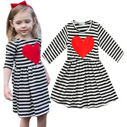 Wholesale Girls Red Striped Party Dress - Girl Party Dress Summer 2017 New Fashion Stripe Princess Dress Girl Clothes High Quality Cute Red Heart Kids Dresses For Girls Baby Costume