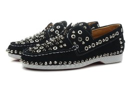 Wholesale Used Leather Shoes - Fashion USES leather spike or rivets casual shoes low cut sneakers woman Size: 36-41