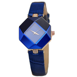 Wholesale Gem Cuts - New high-quality jewelry watch fashion gift table women Watches Jewel gem cut black surface geometry 5color wristwatches