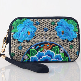 Wholesale Embroidery Clutch Wholesale - Wholesale- Vintage embroidery Chinese Features ethnic floral embroidered Coin Clutch bag zipper purse long wallet phone bag