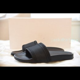 Wholesale Open Homes - New bath slippers men and women summer room sandals non slip bath home couples cool slippers head slippers