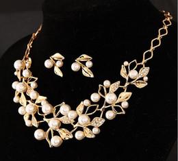 2019 кольцо из оникса из белого золота 18 тыс. Европейская и американская мода сладкий темперамент Джокер жемчужина Алмаз серьги набор цепи ожерелье невесты костюмы