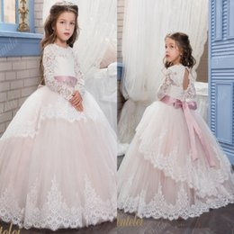 Wholesale Hand Print Pictures - Vintage Lace Arabic 2017 Floral Flower Girl Dresses Beaded With A Cloak Child Dresses Beautiful Flower Girl Wedding Dresses