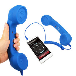 Wholesale Retro Phone Telephone Handset - 3.5mm Mic Retro Telephone Handsets Radiation-proof Cell Phone Handset Receiver For iPhone Classic Headphone Microphone OOA2966