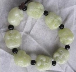 Wholesale Good Luck Jade Bracelets - White jade (the Buddha's first eight beads) bracelet * fine hand-carved, bring good luck