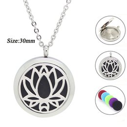 Wholesale 316 stainless steel magnetic lockets - 20mm 25mm 30mm magnetic diffuser pendant necklace 316 Stainless steel aromatherapy perfume locket necklace essential oil jewelry