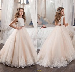 Wholesale First Communion Vintage - Blush Pink Flower Girl Dresses for Weddings Princess Tutu Dress Sequined Appliqued Lace Bow 2017 Vintage Child First Communion Pageant Gowns