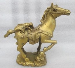 Wholesale Metal Cicada - China's rare copper old manual hammer lucky cicada the statue of a horse