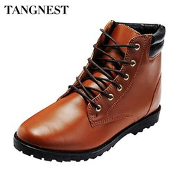 Wholesale Comfortable Boots For Men - Wholesale-Tangnest 2016 Hot Sale Fashion Solid PU Leather Boots Man Casual Pointed Toe Comfortable Ankle Boots For Spring & Autumn XMB014