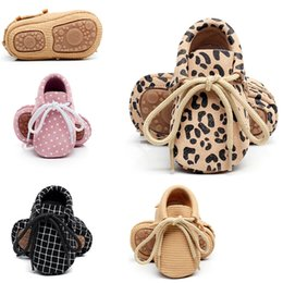 Wholesale Toddler Girl Polka Dot Shoes - Baby Spring Autumn Genuine Leather Shoes Baby Boys Girls Soft Sole First Walkers Moccasins Toddler Lace Up Shoes Prewalkers