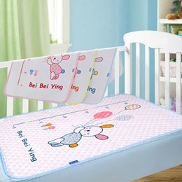 Wholesale Babys Bedding - New cotton baby infant waterproof pad bed sheets changing mat Babys urine pad for newborn
