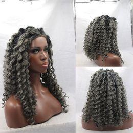 2019 cheveux gris, racines brunes Afro crépus bouclés ombre noir / gris synthétique actural image racines sombres 22