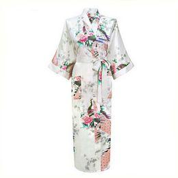 weißes nachthemd langer großverkauf Rabatt Großhandelsweißes chinesisches weibliches reizvolles V-Ansatz Roben-Rayon-Silk Nachtwäsche-langes gedrucktes Nightgown-Hochzeits-Braut-Robe plus Größe S zu XXXL NR026