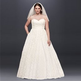 Wholesale Gardening Charms - A-Line Wedding Dresses 2017 New Charming Sweetheart Lace Designer Bridal Gowns Open Back Court Train Plus Size Dresses 9WG3829