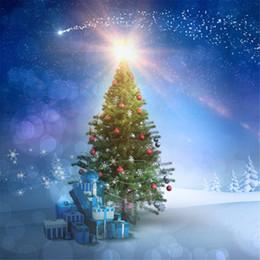 Estrela de árvore de natal azul on-line-Céu azul Fogos de Artifício Bolinhas de Fotografia Bokeh Caixas de Presente de Natal Árvore de Natal com Espumante Neve Inverno Foto de Estúdio de Fundo