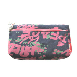 Wholesale Cute Casing - 2017 Make Up Bag Modern girl PU material Women's Fashion Lady's Handbags Cosmetic Bags Cute Casual Travel Bags Fullprint Makeup Bags & Cases