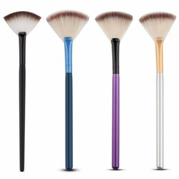 Wholesale Touch Blush - 4 Colors Professional Single Makeup Brushes Powder Brush Sector Shaped Blush Brush Soft Touch pincel maquiagem